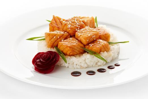 Г/Ц Рис с лососем овощами и соусом терияки вес