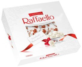 Конфеты RAFFAELLO с цельным миндальным орехом в кокосовой обсыпке плоская 240г